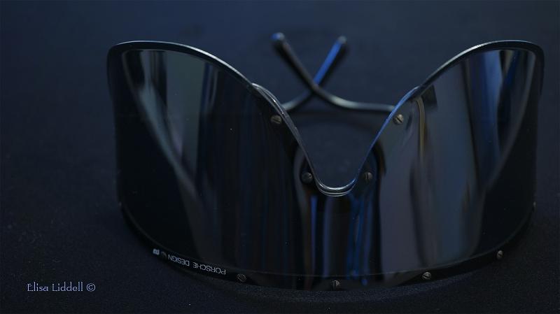 Yoko Onon specs